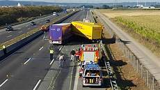 Dueren Magazin De Merzenich Schwerer Unfall Auf Der A4