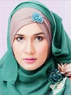 Model Jilbab Pesta Modern Terbaru