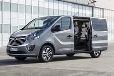 Photo Opel Vivaro 9 Places