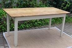 longue table a manger table 224 manger rectangulaire avec plateau en bois