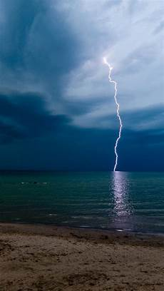 storm lightning iphone wallpapers national geographic