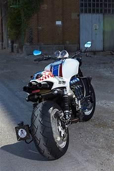 Cafe Racer Triumph Rocket 3
