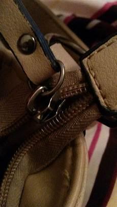 reißverschluss wieder einfädeln wie kann ich den rei 223 verschluss meiner tasche wieder