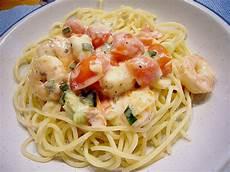 spaghetti mit garnelen spaghetti mit garnelen rezept mit bild mamatuktuk