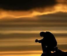 Gambar Gambar Orang Sedih Sakit Dan Patah Hati Lengkap