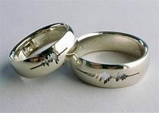 2019 latest engravings wedding rings