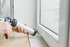 Neue Fensterbank Auf Alte Kleben - fenster montage einbau leicht gemacht aroundhome