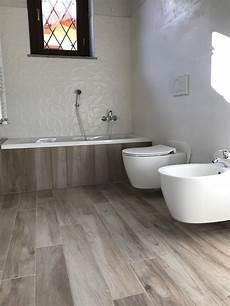 rivestimento bagno effetto legno bagno in gres effetto legno e gres bianco 3d marazzi