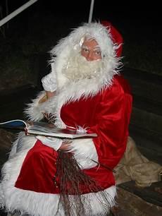 weihnachtsmannauftritt oder nikolausauftritt der