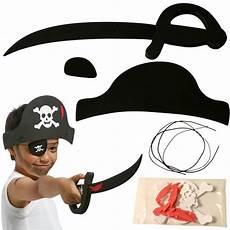 Fabriquer Un Costume De Pirate D 233 Guisement Pirate En Feuille De Mousse D 233 Guisement