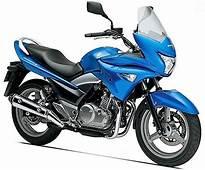Suzuki GSR250S Price Specs Review Pics & Mileage In India