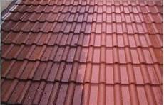 traitement des toitures demoussage de tuiles et toitures livolsi et fils