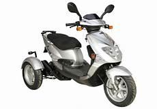 pgo tr3 trike dreirad roller scooter 45 km h silber
