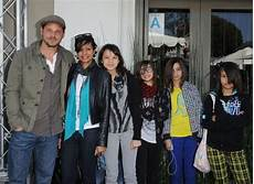 Justin Chambers Kinder - actor justin chambers and family attend benefit black