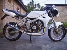 Kawasaki Modifikasi by Modifikasi Minimalis Kawasaki 150 R Motor Expose