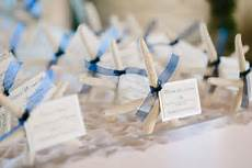 unique ways to display cards inside weddings