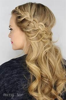Kommunion Frisur Geflochten - half up lace braids