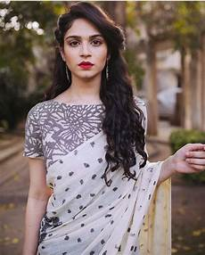 Simple Hairstyles For Sarees