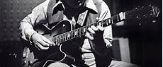 how to play jazz guitar add flavor to your with these 7 guitar chords