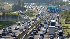 Stauprognose Des Adac Verkehrschaos Schlimmstes