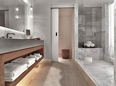 id 233 e d 233 coration salle de bain marbre et bois niche dans