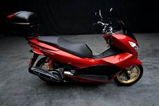2015 honda pcx 150 a t second cars in chiang mai