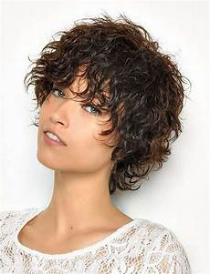 30 most magnetizing short curly hairstyles for women to try in 2017 2018 hairstyles
