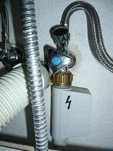 wasser unter sp 252 le abstellen nur wie k 252 che mischbatterie