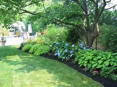 lm garden design