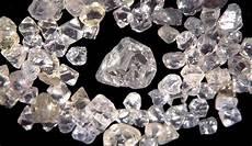 Intan Berlian Dalam Lintasan Sejarah Batu Permata Indonesia