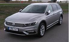 Volkswagen Passat Alltrack вікіпедія