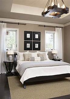 White Simple Master Bedroom Ideas by Clean And Simple White Gray And Beige Master Bedroom