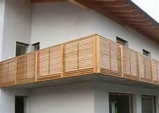 balkon aus holz balkongel 228 nder holz holzbalkon leeb balkone und z 228 une