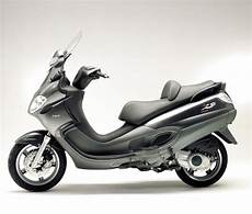 2004 piaggio x9 evolution 500 pics specs and information