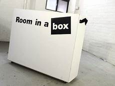 30 minute move room in a box assembles with no hardware