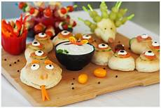Kindergeburtstag Essen Fingerfood - f 252 r kiga schule partyschlange fingerfood f 252 r 180 s