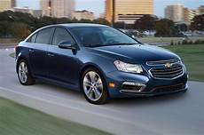 chevy cruze reviews 2015 2015 chevrolet cruze reviews and rating motor trend