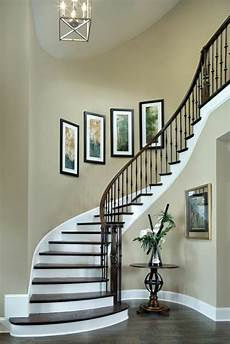 treppenaufgang wand gestalten 50 bilder und ideen f 252 r treppenaufgang gestalten