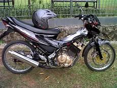 Modifikasi Motor Satria Fu Standar by Modifikasi Motor Satria Fu Dengan Velg Jeruji Welcome To