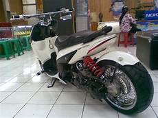 Modifikasi Motor Vario by Modifikasi Motor Honda Vario Ulasan Otomotif