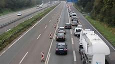 Stau A1 Köln - a1 sperrung zwischen k 246 ln und leverkusen sorgt f 252 r staus
