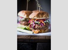 thai turkey burgers with cucumber pepper relish and spicy mayo_image