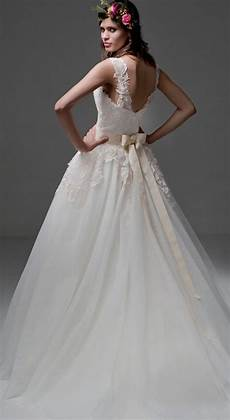 How Much Is A Wedding Gown how much does a wedding dress cost