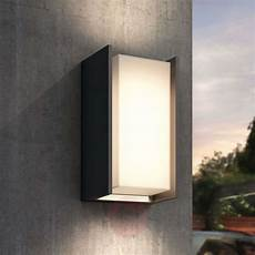 Philips Led Wandleuchte - philips hue turaco led outdoor wall light lights co uk