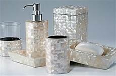 ustensile salle bain