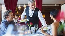 cameriere di sala corso per cameriere di sala con competenze bar