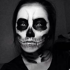 Totenkopf Schminken Mann - these makeup ideas will take your costume from