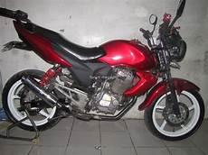 Modifikasi Megapro Primus by Modifikasi Honda Megapro Primus Dengan Air Shroud Yamaha
