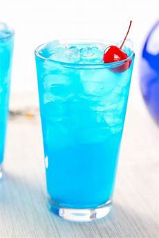 blue hawaiian drink recipe pitcher besto blog