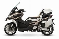 nouveauté maxi scooter 2019 kymco unveil three wheel concept